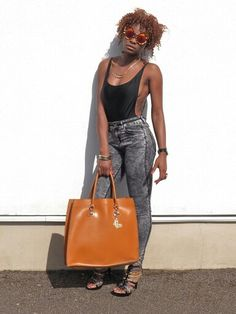 Blogger www.styledbypromise.com Madewell, Tote Bag, Blog, Fashion, Moda, Fashion Styles, Totes, Blogging, Fashion Illustrations