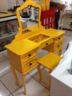 penteadeira vintage amarela - 861783 | enjoei :p