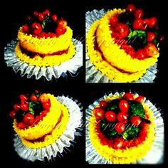 レシピとお料理がひらめくSnapDish - 9件のもぐもぐ - Yellow Glutinous Rice Cake by Ummu Shaqeizha