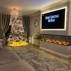 8 Cheap Things to Maximize a Small Bedroom. Living Room Decor Fireplace, Decor Home Living Room, Home Fireplace, Fireplace Design, Living Room Designs, Living Room Ideas Without Fireplace, Feature Wall Living Room, Dream House Interior, Home Room Design