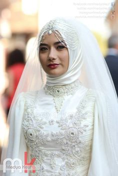 Bridal hijabbridal headpiecescapesaccessories,etc