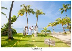 Kahala Beach Wedding | Oahu Photographer