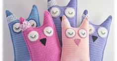 Prinsessajuttu: Virkattu pöllö, crocheted owl, instructions are in finnish but there are pictures. Crochet Owls, Crochet Cushions, Crochet Stitches, Knit Crochet, Crochet Patterns, Crochet Carpet, Crochet Home, Crochet Gifts, Crochet For Kids