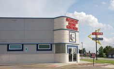 """""""Litchfield Museum & Route 66 Welcome Center & the """"Vic"""" Suhling Gas For Less"""" in Litchfield IL  http://route66jp.info Route 66 blog ; http://2441.blog54.fc2.com https://www.facebook.com/groups/529713950495809/"""