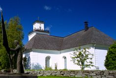 Kaarlela church was built in the the precise year being unknown. Grave Monuments, Vicars, Old Churches, Church Building, Tourist Information, Graveyards, Place Of Worship, Kirchen, Helsinki