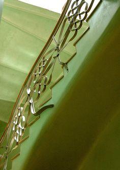 gaudi green detail