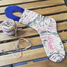 Next !  #tricot #knitting #knitlife #koigu #knittingsocks #knittersofinstagram #bvkal1 #sockknitter #sockknitting #sockknittersofinstagram #gravelsocks by by_anne_c