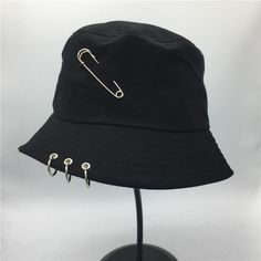 DescriptionDesigned with premium material for true comfort and fit. Teen Fashion, Korean Fashion, Fashion Outfits, Outfits With Hats, Cool Outfits, Bucket Hat Outfit, Looks Hip Hop, Stylish Caps, Mode Kawaii