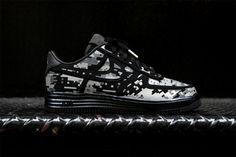 Air Force 1 reborn?? Lunarforce 1 Digi camo with 3m reflective silver inserts. Hello 2013.