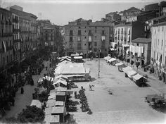 Baldomer Gili Roig. Plaça de la Constitució (Lleida), c. 1910 by Museu d'Art Jaume Morera, via Flickr
