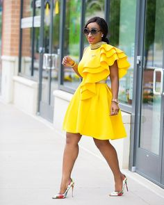 10 Awesome Guest Summer Wedding Outfit Ideas Being a wedding guest in the summer can be tricky, especially when you don't have a big budget but want to find a beautiful dress. These summer wedding outfits for guests are all cheap which … African Attire, African Wear, African Fashion Dresses, African Dress, Look Fashion, Fashion Outfits, Womens Fashion, Fashion Design, Fasion
