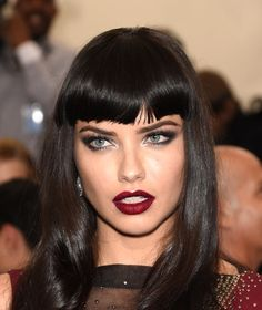 What did you think of Adriana Lima's dramatic look for the Met Gala?! We love the vampy lips and bold eyes!