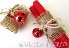 Decorazioni di Natale: portatovaglioli fatti in