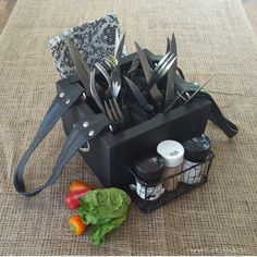 Recycled Picnic caddy
