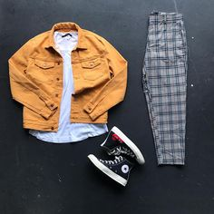 No photo description available. Tomboy Outfits, Casual Outfits, Men Casual, Fashion Outfits, Hype Clothing, Mens Clothing Styles, Look Fashion, Mens Fashion, Estilo Jeans