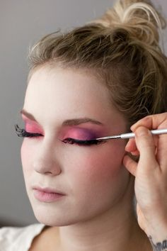 Hunger Games Costume - Effie Trinket Makeup Look
