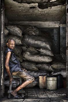Faces of Cuba: The coal seller Barrio del Tívoli. Santiago de Cuba.  2012