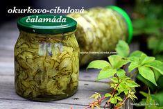 pikantní kořeněná okurkovo-cibulová čalamáda Home Canning, Preserves, Pickles, Cucumber, Food To Make, Mason Jars, Pesto, Food And Drink, Appetizers