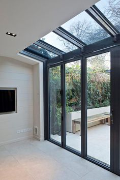 Modern Conservatory Design Ideas, Pictures, Remodel and Decor House Extension Design, Glass Extension, Extension Ideas, Side Extension, Porch Extension, Extension Google, Modern Conservatory, Glass Conservatory, Conservatory Interiors