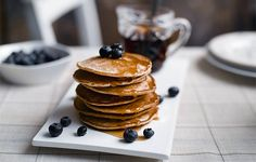 American Pancakes - Super soft pancakes made with Hellmann's mayonnaise, for . - American Pancakes – Super soft pancakes made with Hellmann's mayonnaise, for Pancake Day or an - American Pancakes, Chocolate Chip Pancakes, Pancake Day, Homemade Pancakes, Recipe Finder, Happy Family, Meals For The Week, Other Recipes, Mayonnaise