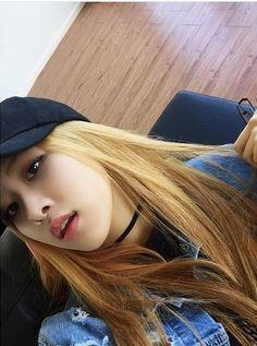 BLACKPINK - Rosé 로제 (Park ChaeYoung 박채영) aka Roséanne Park 로잔느 박 #초커