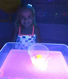 Glowing Science Kids Activity ~ Growing A Jeweled Rose Science Projects For Kids, Science Activities For Kids, Science Experiments Kids, Crafts For Kids, Volcano Experiment, School Parties, Cute Crafts, Craft Party, Creative Kids