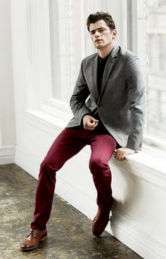 Men's fashion. Burgundy pants. Grey blazer. Brown shoes.