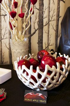Once Upon A Time Party ideas, tips, favors, printables and games. Regina's apple bowl.