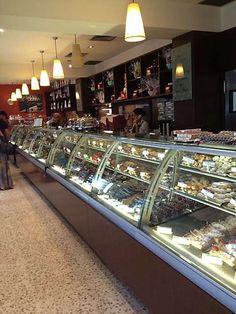 Brunetti Bakery- Lygon Street (Little Italy) Melbourne, Australia Melbourne Shopping, Melbourne Trip, Melbourne Restaurants, Carlton Melbourne, Melbourne Australia, Melbourne Food, Australia Shopping, Australia Travel, Little Italy