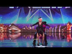 Casi echaron a esta mujer de 80 años del escenario hasta que hizo ESTO y asombró a todos… ¡GUAU!