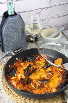 Merluza a la marinera Fish Recipes, Recipies, Starting Keto, Keto Diet For Beginners, Paella, Ethnic Recipes, Foods, Gastronomia, Gourmet