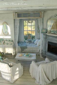 Definitely my dream home!  <3 <3 <3 Aiken House & Gardens: The Boathouse