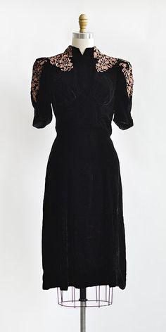 vintage 1930s black velvet mauve applique dress | Guilloche Midnight Dress  #1930s #vintagedress