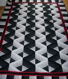 Google Image Result for http://www.memoriesandsewmuchmore.com/photos/QuiltGallery/optical.jpg