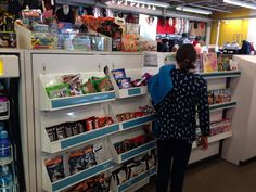 Old Navy pushes candy on its customers at checkout. (Old Navy, Hopkins, MN, 11/14) Photo courtesy of the Public Health Law Center.