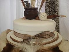 This African inspired wedding cake would totally find a home at MY wedding.