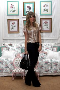 Casual look with sequin top!