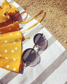 Un style, une ambiance, une histoire ☀️👓#carryyourmoodaround #vagati #summervibes #sunglassesfashion #vagatieyewear #eyewear Sunglasses Case, Flora, Instagram, Style, Fashion, Swag, Moda, Fashion Styles, Plants