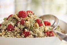 Two healthy ingredients (quinoa and raspberries) that taste great together.   Bet this would be wonderful for breakfast, especially if you added some nice fresh chopped mint.