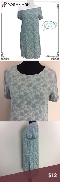 SOLD J. Jill mint floral embroidered tunic dress Pre-owned in good condition, shows no major defects. Features: J. Jill pastel mint green/blueish floral embroidered light sheath tunic dress. 100% rayon. SIZE M J. Jill Dresses