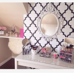 This vanity is everything.