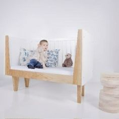 NINETONINE - Zebra 00, convertible baby bed