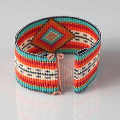 Mexican Serape Bead Loom Bracelet Artisanal Jewelry por PuebloAndCo