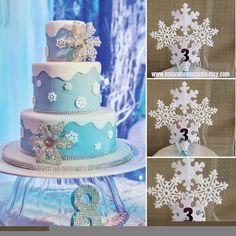 Frozen cake topper Frozen Centerpieces by BellasBloomStudio