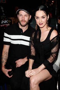 Katy Perry, Johnny Wujek