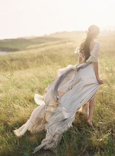 wind+sun+long flowy dress=stunning