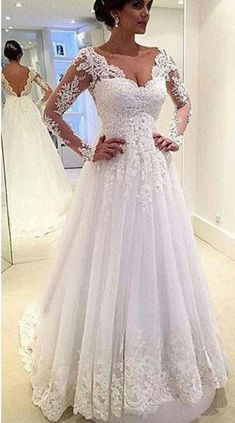 A-line V-neck Long Sleeves Lace Appliqued Beaded Chapel Train Tulle Bridal Wedding Gown,Glamorous prom dress