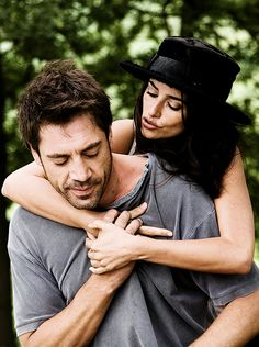 Penelope Cruz, Javier Bardem, Scarlett Johansson - Vicky Cristina Barcelona (Woody Allen, 2008)