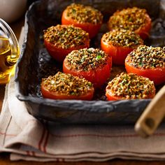 All-Bran™ Tomatoes Provencal Recipe - Topped with a crunchy garlic and herb topping, these roasted tomatoes are bound to transport you to the south of France. Gluten Free Appetizers, Healthy Appetizers, Appetizers For Party, All Bran, Cooking Recipes, Healthy Recipes, Healthy Foods, Roasted Tomatoes, Recipes