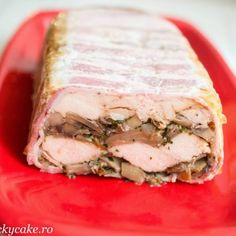 terina de pui cu ciuperci Lucky Cake, Jacque Pepin, Spice Blends, What To Cook, Dips, Bacon, Salads, Sandwiches, Spices
